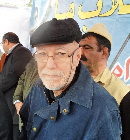 حضور محافظ  فرانسوی حضرت امام خمینی(ره) در راهپیمایی 22 بهمن نهاوند با شعار مرگ بر آمریکا و اسرائیل +عکس
